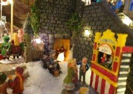 lemax-christmas-village